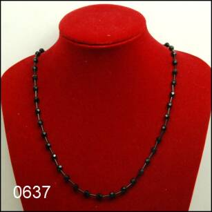 BEADS NECKLACE 0637