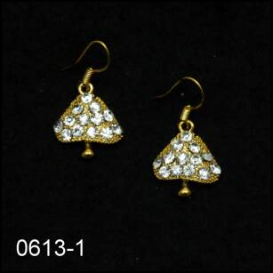 EARRINGS 0613-1